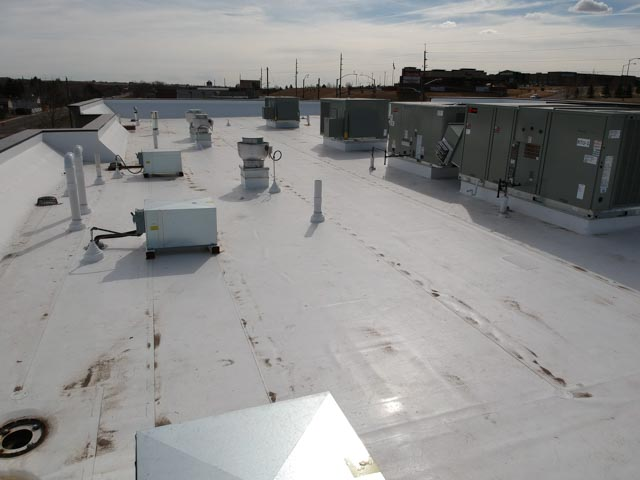 new pvc roof on commercial building